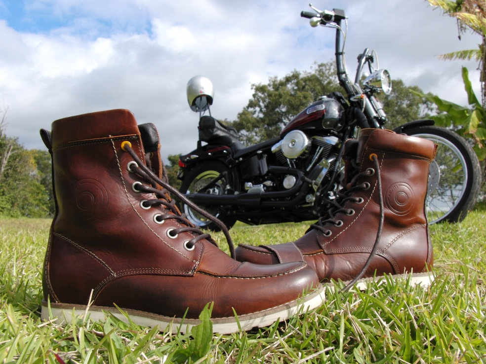 revit-mohawk-boot-redwing-875-moccasin-toe-topsider-steve-mcqueen-877-urban-motorcycle-cafe-racer-hipster-pullup-leather-psalmistice_CIMG2259